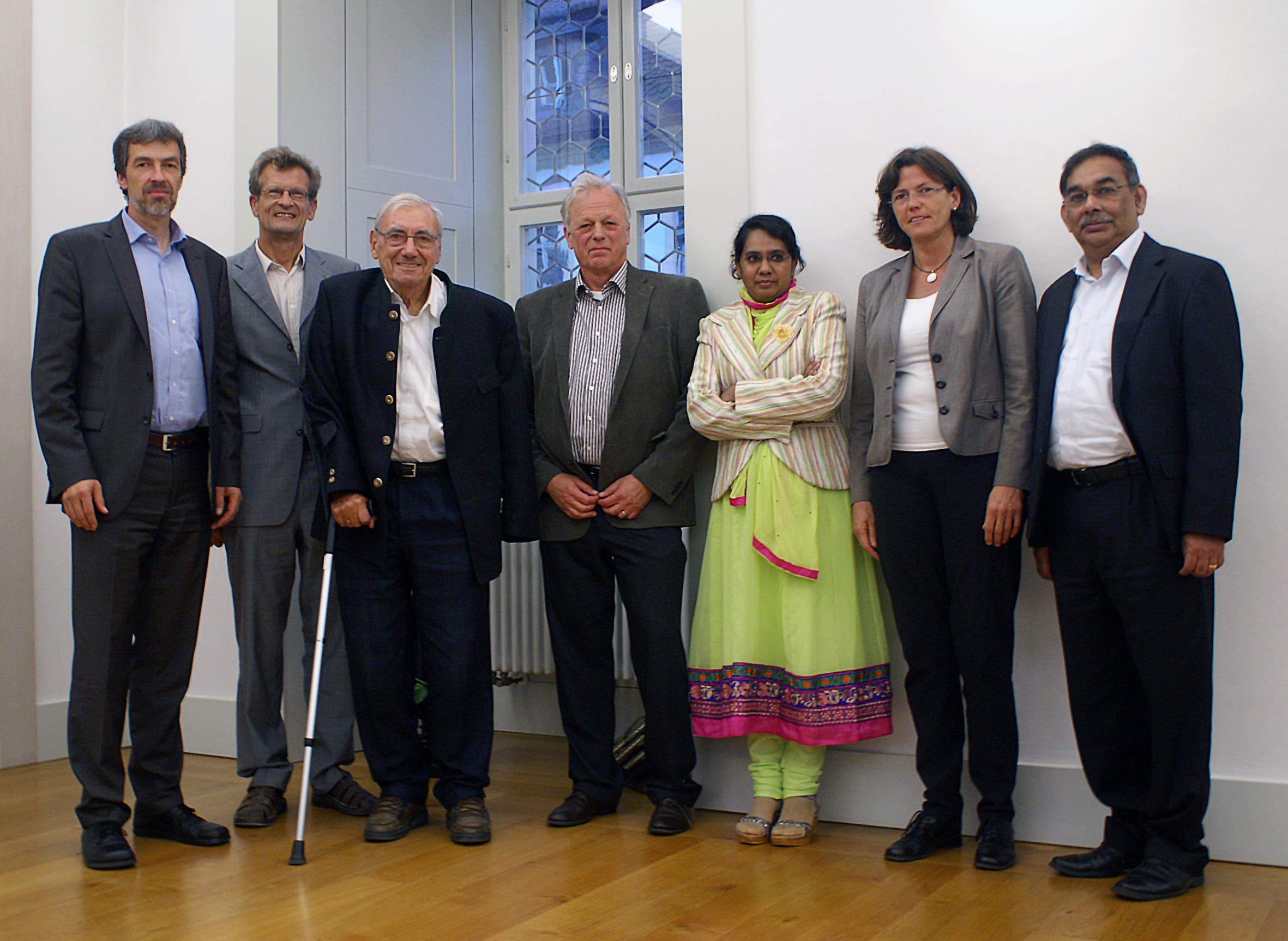 Die Referenten: Hartwig Sievers, Bernhard Uehleke, Heinz Schilcher, Johannes Gottfried Mayer, Amina Ather, Christa-Marie Kitz, Thomas Vallomtharayil.